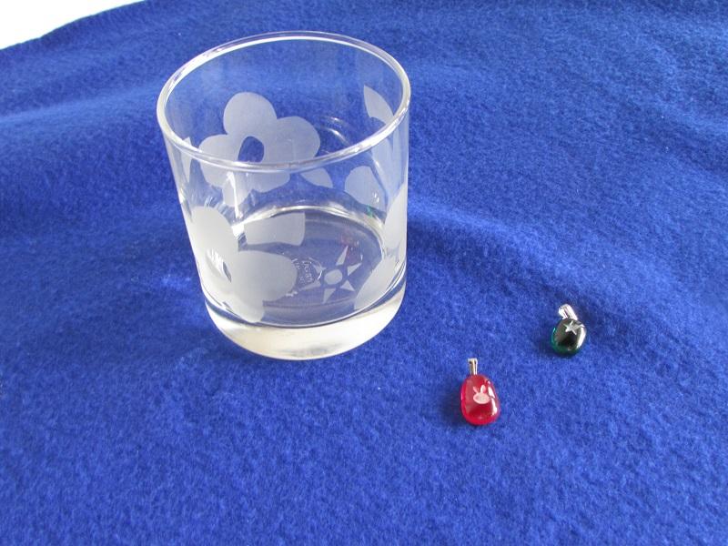サンドブラストグラス体験 (小粒ガラスチャーム付)イメージ